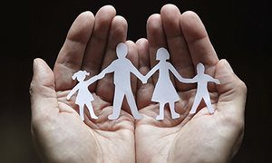 Paper-chain-family-protec-008