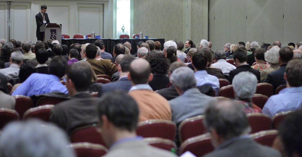 1200px-2007_History_of_Science_Society_meeting